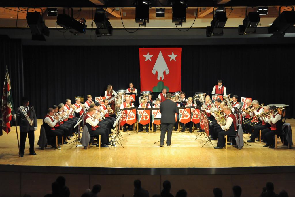 Der Musikverein Rothrist bei der Neuuniformierung 2014